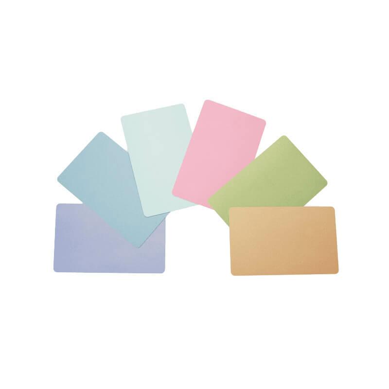 Zebra 30 mil PVC karta, Zelená farba CR80 (500 kariet/balenie)